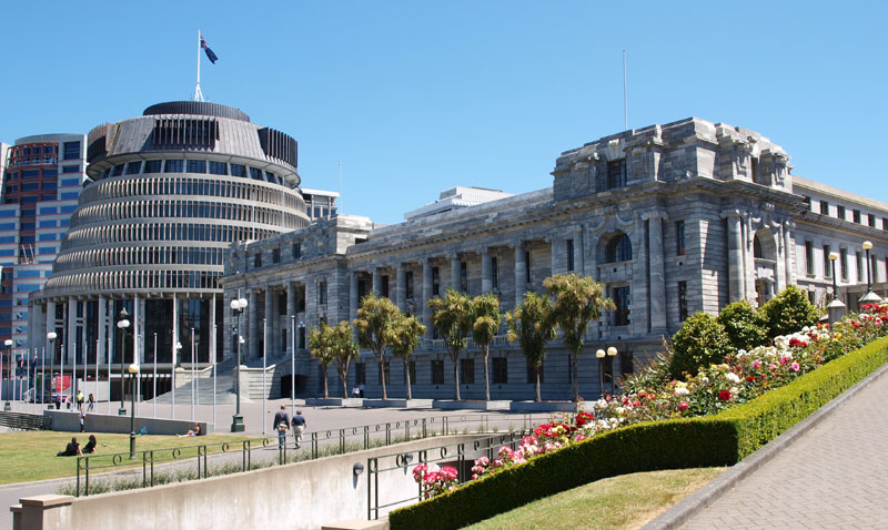 Tag 11 - Wellington (Beehive and Houses Of Parliament)