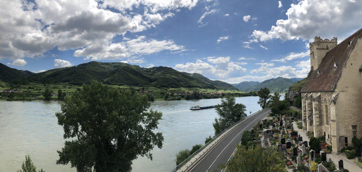 Blick auf die Donau bei St. Michael